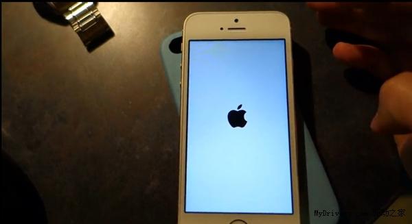 小心白苹果 iOS 7.0.4再曝新Bug-完美源码